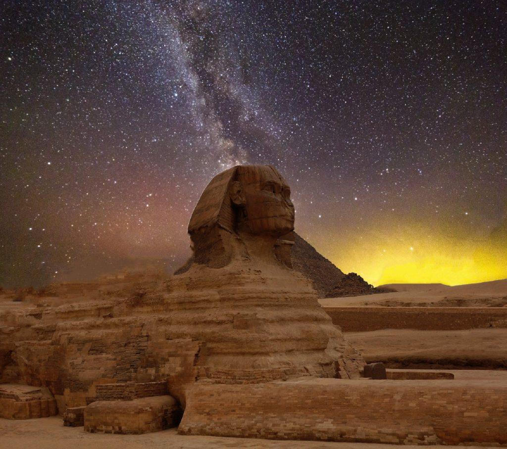 Oud egypte sfinx en sterren