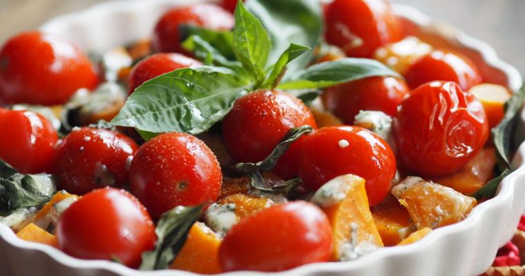 ZOETE AARDAPPEL – Lauwwarme salade van zoete aardappel, basilicum en blauwe kaas