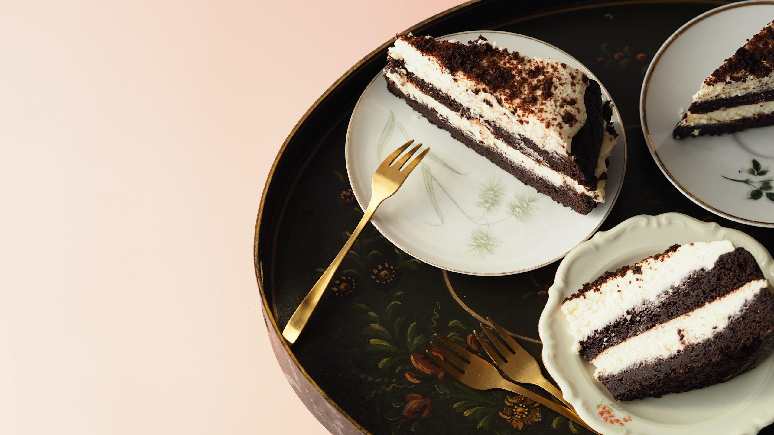 Black Velvet cake met Guinness en moscatel crème