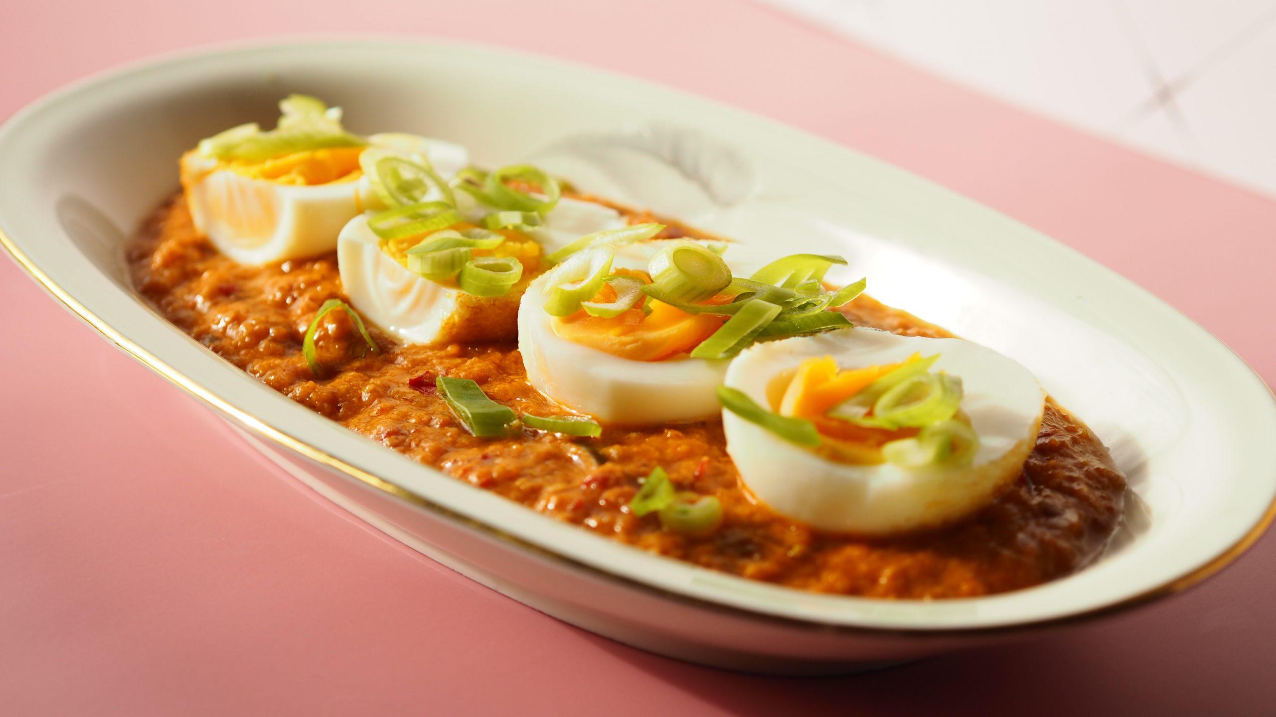 Sambal Goreng Telor: Vegetarisch feest – Indonesisch