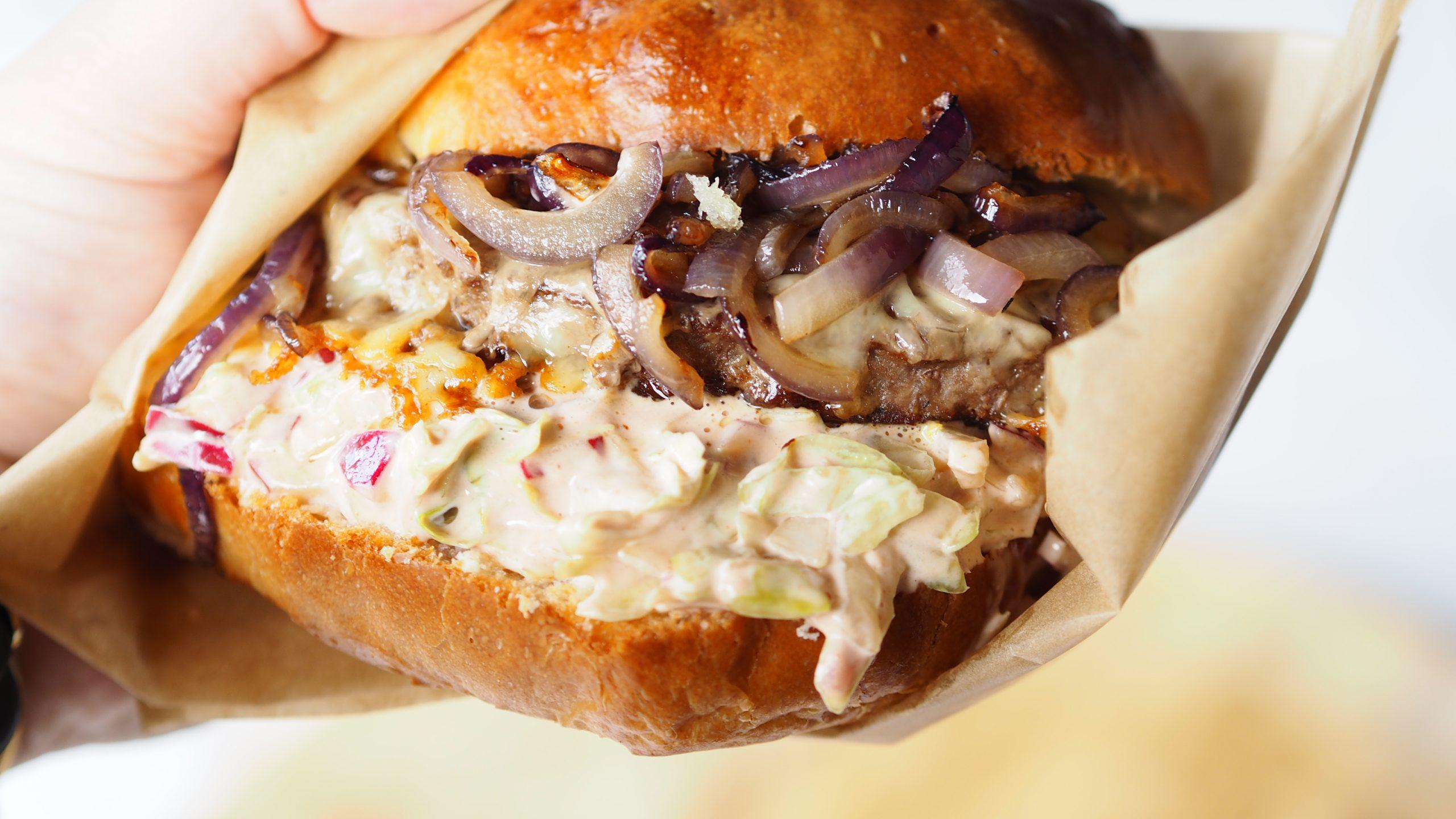 Jamie's Insanity Burger met Angus burger van The Frozen Butcher (fastfood friday)